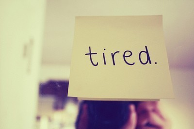 635975385409474478-2045533764_tired